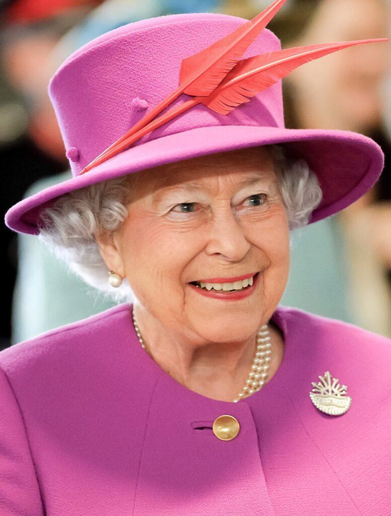 papua new guinea monarchy