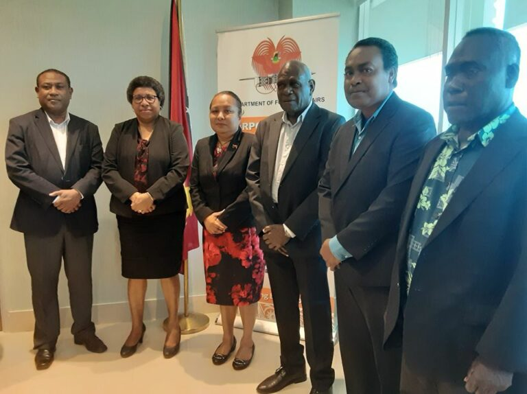 FOREIGN AFFAIRS IS IN CONTACT WITH BEIJING TO ASSIST PNG CITIZENS IN WUHAN